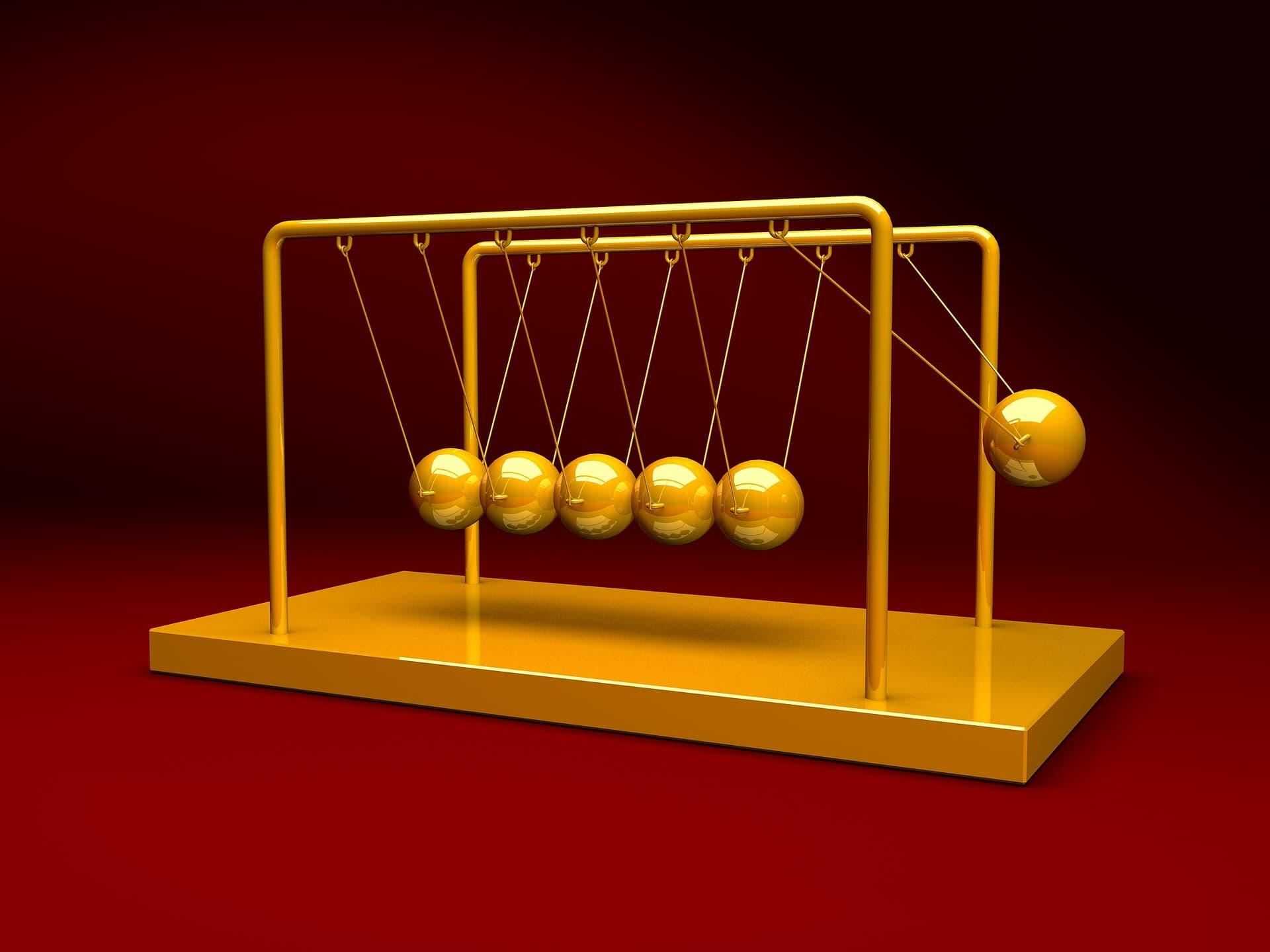 Newton's cradle toy